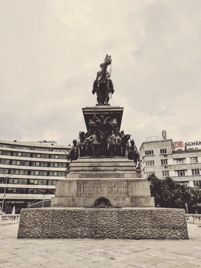 SOFIA WAR STATUE